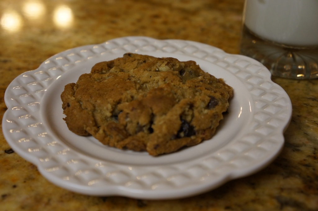 Chocolate Chip Oatmeal Cookies with Toasted Pecans, and Dried Cherries ...